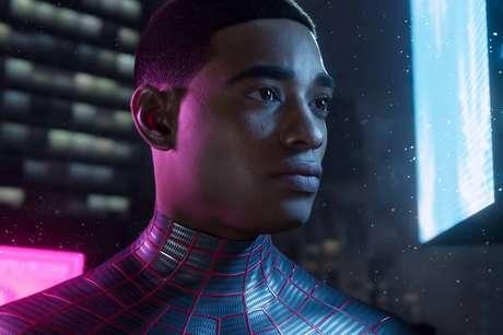 O jogo é uma sequência direta de Marvel's Spider Man, um dos melhores jogos exclusivos de PlayStation 4.