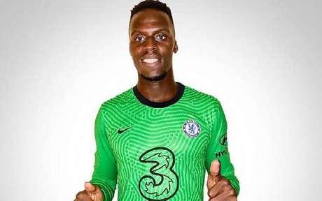 Edouard Mendy estava no Rennes e chega para tentar ocupar o lugar de Arrizabalaga no Chelsea