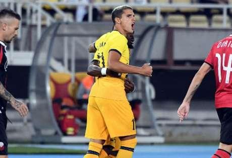 Lamela marcou o primeiro gol do Tottenham na partida (Robert ATANASOVSKI / AFP)