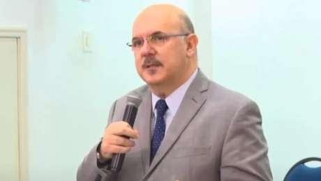 Declarações do ministro da Educação repercutem mal no governo
