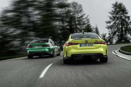 Os dois carros têm tração traseira e câmbio manual, como gostam os puristas.