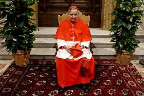 Angelo Becciu havia sido nomeado cardeal pelo próprio papa Francisco