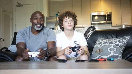 Peter adotou Anthony aos 11 anos