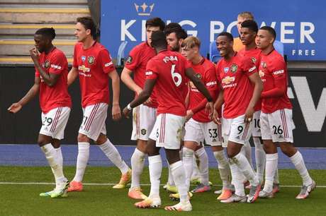 Manchester United busca a primeira vitória na Premier League (Foto: OLI SCARFF / POOL / AFP)