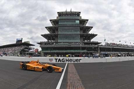 Alonso persegue vitória na Indy 500 para conquistar simbólica Tríplice Coroa