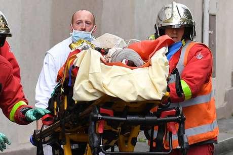 Ataque próximo à antiga sede do jornal Charlie Hebdo deixou ao menos 4 feridos