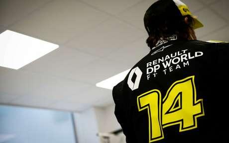 Alonso já vestiu macacão e iniciou os trabalhos visando 2021 na Renault