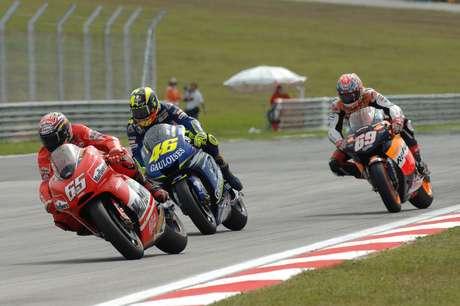 A segunda colocação de Rossi garantiu o título de 2005