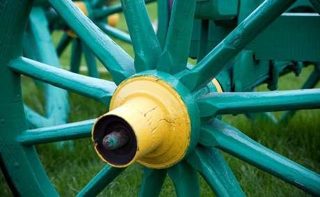 A roda e o eixo foram duas invenções cruciais