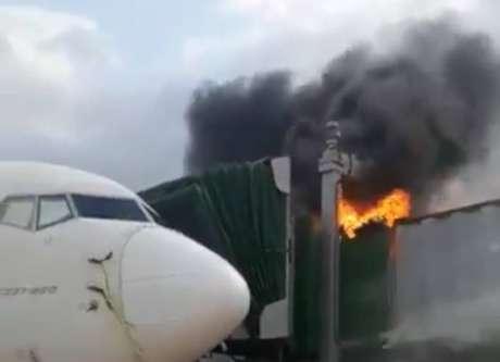 Incêndio atinge finger do aeroporto de São Luís