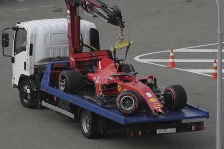 Vettel bateu forte durante o Q2 do treino classificatório