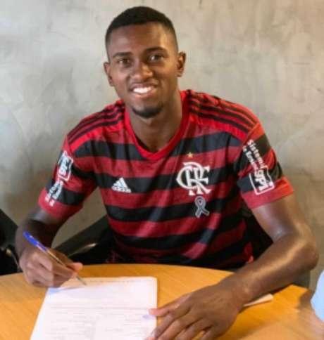 Otávio tem contrato até dezembro de 2022 (Foto: Divulgação)