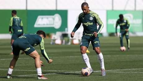 Vitor Hugo é a quarta opção do sistema defensivo do Palmeiras (Foto: Cesar Greco/Agência Palmeiras)