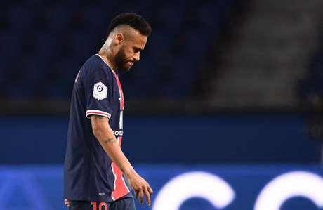 Neymar levou puxão de orelha do técnico Thomas Tuchel após partida sem brilho (Foto: Franck Fife/AFP)