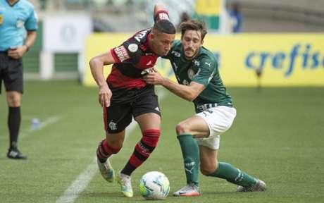 Bala: sem medo de partir para cima (Foto: Alexandre Vidal / Flamengo)