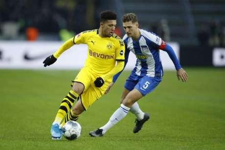 Jadon Sancho é um dos jovens destaques da seleção inglesa (ODD ANDERSEN / AFP)