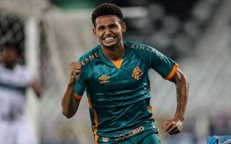 Felippe Cardoso volta a marcar com a camisa do Fluminense após oito meses (LUCAS MERÇON / FLUMINENSE)