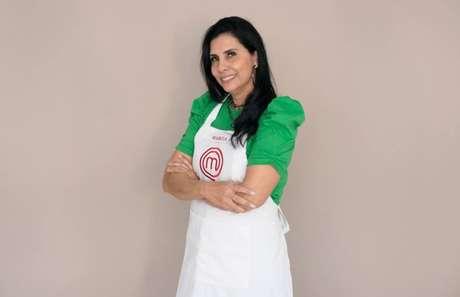 Aos 52 anos de idade, Márcia cozinha desde que era criança e sua mãe trabalhava fora. Tornou-se empresária, mas mantém o sonho antigo de trabalhar na gastronomia.