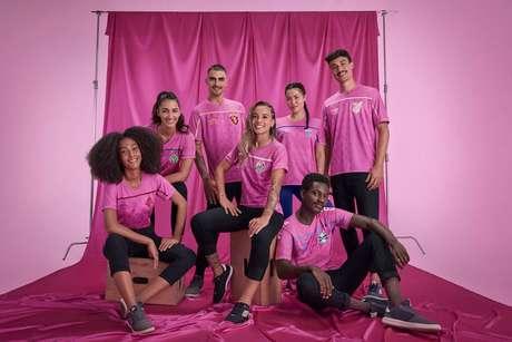 Clubes lança novas camisas na cor rosa para participar de campanha