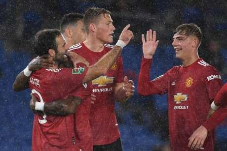 Manchester United não deu sossego ao goleiro Steele, do Brighton (Andy Rain / POOL / AFP)