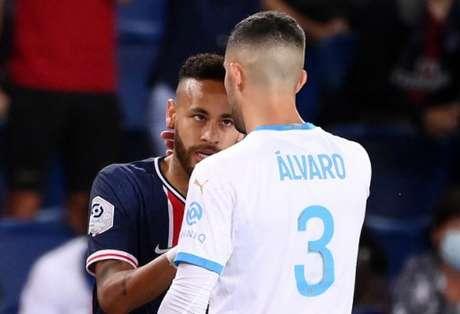 Álvaro González também agradeceu pelo carinho dos torcedores (AFP)