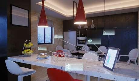 O setor de automação residencial no Brasil tem crescido no embalo dos populares assistentes de voz