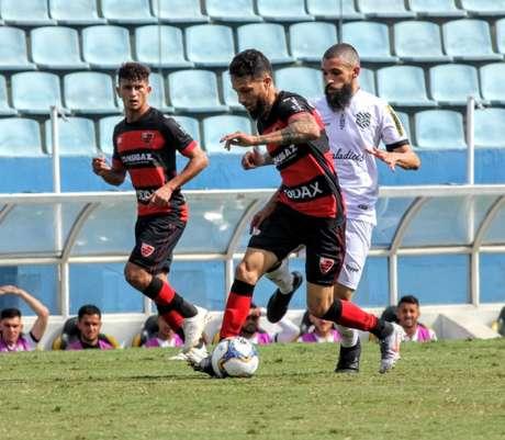 Jefferson Vieira/Oeste