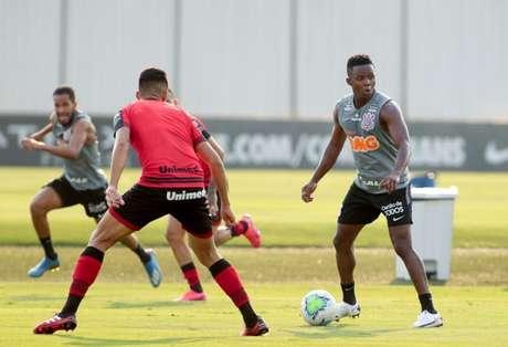 Corinthians disputou um jogo-treino com o Atlético-GO, que terminou empatado (Foto: Rodrigo Coca/Ag. Corinthians)