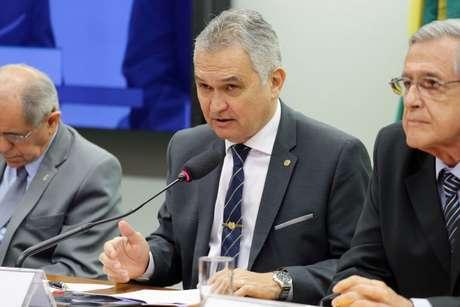 General Girão quer acabar com o inquérito das fake news