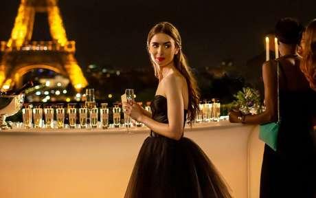 Looks de 'Emily em Paris': inspire se no estilo da protagonista da série