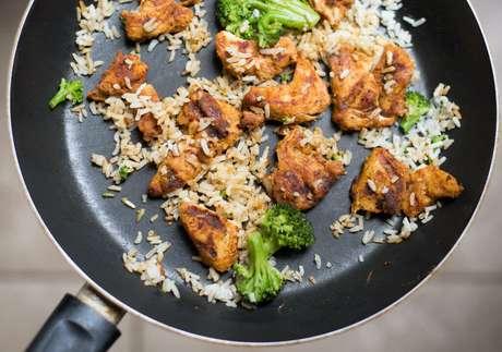 Guia da Cozinha - Praticidade na cozinha: truques para ganhar tempo no preparo das refeições