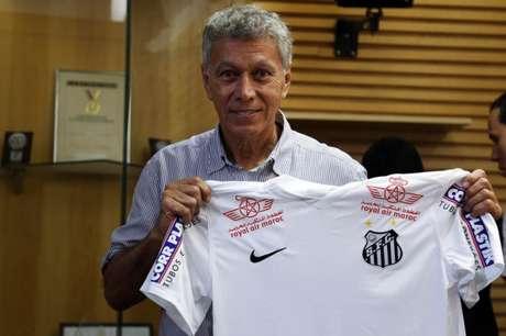Clodaldo foi convidado por Rollo para viagem ao Rio, nesta terça (06) (Foto: Pedro Ernesto Guerra Azevedo/ Santos FC)