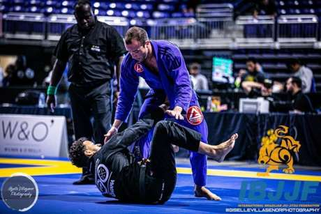 Vitor também é um competidor ativo de Jiu-Jitsu (Foto: Giselle Villasenor / IBJJF)