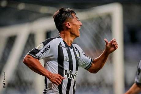 O bom futebol apresentado no Galo levou o meia à seleção principal do Equador-(Agência Galo/Bruno Cantini/Pedro Souza)