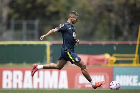 Richarlison durante atividade da Seleção Brasileira (Foto: Lucas Figueiredo/CBF)