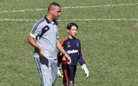 Marcelo Pitaluga estava desde que era criança no Fluminense e se transferiu para o Liverpool (Foto: Arquivo Pessoal)