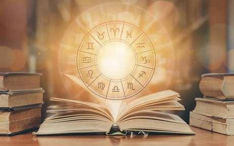 Saiba como a astrologia pode auxiliar no desenvolvimento da sua carreira - Shutterstock