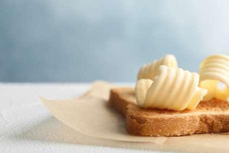 Guia da Cozinha - Manteiga ou margarina? Entenda as diferenças e usos nas receitas