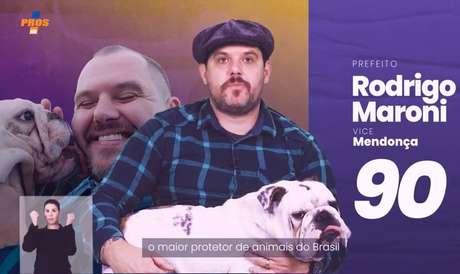 Candidato em Porto Alegre, Rodrigo Maroni (Pros)estreou propaganda eleitoral ao lado de seu cachorro