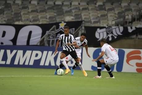 A meta alvinegra é voltar a praticar o bom futebol praticado contra o Vasco-(Foto: Bruno Cantini e Pedro Souza / Agência Galo / Atlético)