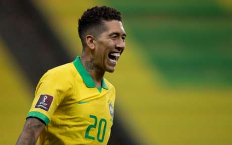Roberto Firmino comemora gol (Foto: Lucas Figueiredo/CBF)