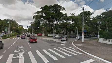 A equipe tentou interceptar o carro na Avenida Brasil quando iniciou a troca de tiros