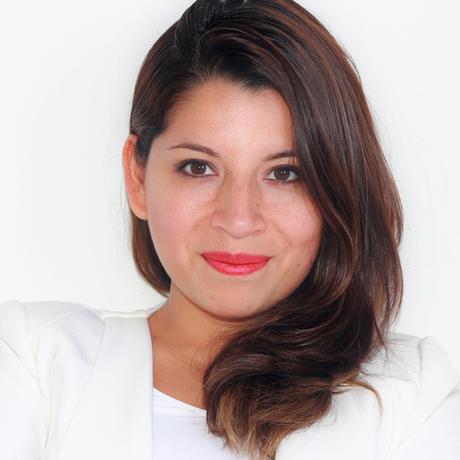 A bióloga molecular peruana Clarissa Rios Rojas atua no CSER na área de políticas públicas