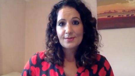 O estresse prolongado e excessivo faz com que 'nos sintamos incapazes de enfrentar os desafios da vida', explica Radha Modgil
