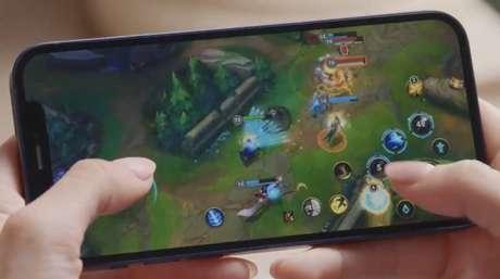 Em parceria inédita, o League of Legends, sucesso dos games, poderá ser jogado diretamente no iPhone 12