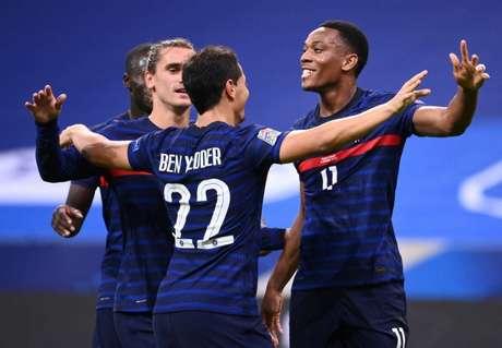 No primeiro jogo, a França conseguiu boa vitória sobre a Croácia (Foto: FRANCK FIFE / AFP)