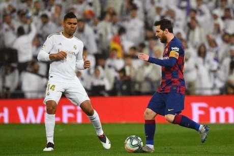No último confronto, Real Madrid venceu o Barcelona por 2 a 0 (Foto: GABRIEL BOUYS / AFP)
