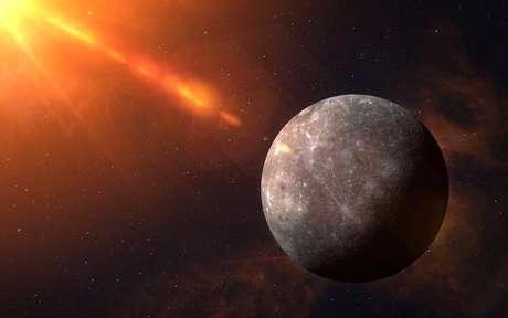 Mercúrio Retrógrado em Escorpião: Tempo de rever sua forma de se comunicar - Shutterstock
