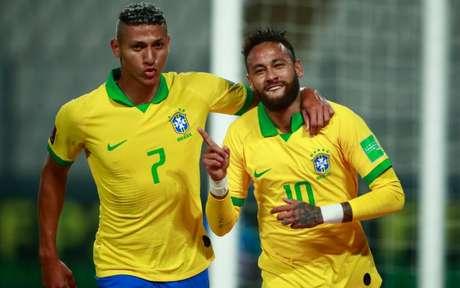 'O pai tá on!': Neymar fez história (Foto: AFP)