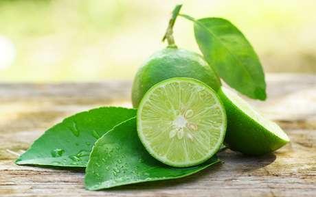 Dicas com limão: receitas e truques para saúde, beleza e limpeza da casa